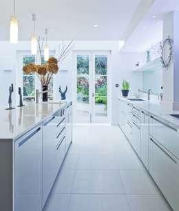modern Kitchen by Sonnemann Toon Architects