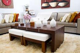 Salas / recibidores de estilo minimalista por HAUS