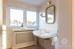 classic Bathroom by Home Staging Sylt GmbH