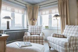 klasieke Studeerkamer/kantoor door Home Staging Sylt GmbH