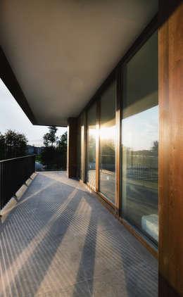 Atelye 70 Planners & Architects – View from balcony:  tarz Teras