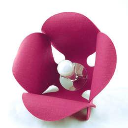 Convallaria Lamp: styl , w kategorii Sypialnia zaprojektowany przez Pink Pug Design