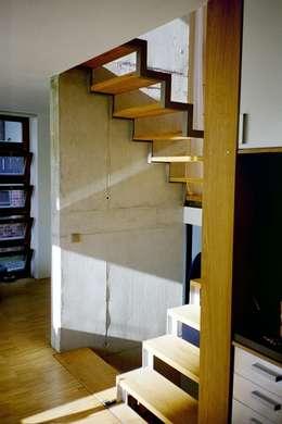 Gang en hal door w3-architekten Gerhard Lallinger
