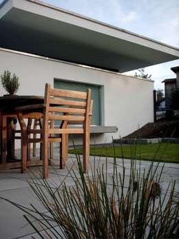 moderne Tuin door w3-architekten Gerhard Lallinger