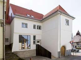 klasieke Huizen door w3-architekten Gerhard Lallinger