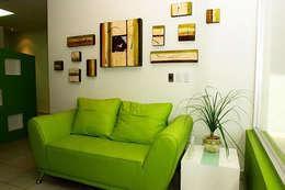 Proyectos en Residencias: Salas de estilo minimalista por Galeria Ivan Guaderrama