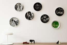 Dom pod Berlinem: styl , w kategorii Ściany i podłogi zaprojektowany przez Loft Kolasiński