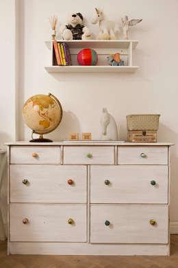 Kamienica przy Łazienkach: styl , w kategorii Pokój dziecięcy zaprojektowany przez Pracownia Projektowa Poco Design