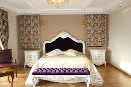 classic Bedroom by AYAYAPITASARIM