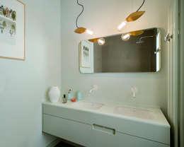 Ażur w Pastelach: styl , w kategorii Łazienka zaprojektowany przez Pracownia Projektowa Poco Design