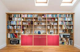 moderne Eetkamer door Acastrian Bespoke Fitted Furniture