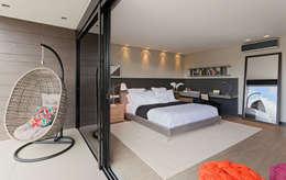 Habitaciones de estilo moderno por LEDS Arquitetura