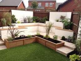 Lush Garden Design의  정원