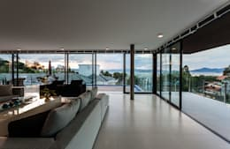 客廳 by JOBIM CARLEVARO arquitetos