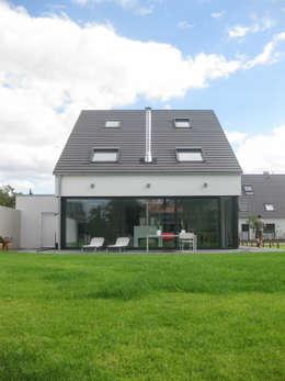 STRICK  Architekten + Ingenieure: modern tarz Evler