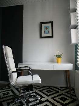 moderne Studeerkamer/kantoor door Inside your home