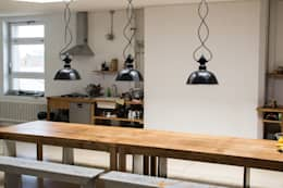Interior Projects: industriële Eetkamer door Blom & Blom