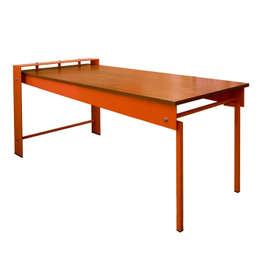 tavolo MECANO 180: Soggiorno in stile in stile Industriale di  ALBORNO / GRILZ
