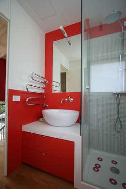 Idee per il bagno via la vasca per un box doccia moderno - Bagno la villa pinarella ...