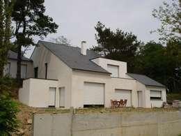 Maison à Vigneux De Bretagne 44: Maisons de style de style Moderne par Archimat Creation