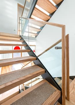 Staircase: modern Corridor, hallway & stairs by AR Architecture