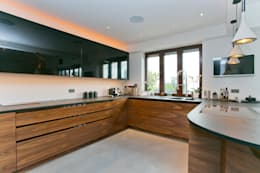 modern Kitchen by Temza design and build