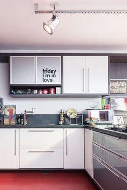 Cozinha: Cozinhas ecléticas por Blacher Arquitetura