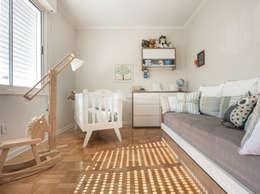 Chambre d'enfant de style de style eclectique par Blacher Arquitetura