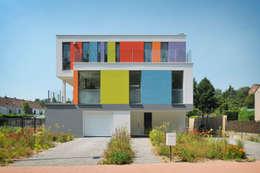 Maison L: Maisons de style de style Moderne par atelier d'architecture FORMa*
