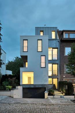 Lecointe: Maisons de style de style Moderne par atelier d'architecture FORMa*
