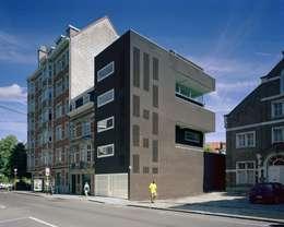 Immeuble à appartements Jaax: Maisons de style de style Moderne par Atelier d'architecture Pierre Hebbelinck et Pierre de Wit