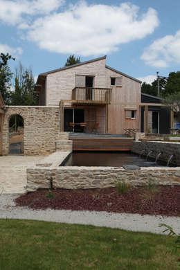 Façade Sud: Maisons de style de style Moderne par Patrice Bideau a.typique