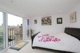 modern Bedroom by nuspace