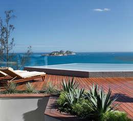 Terrasse de style  par House in Rio