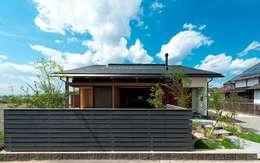 Nhà by AMI ENVIRONMENT DESIGN/アミ環境デザイン