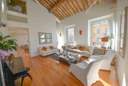 Salas de estilo moderno por Studio Fori