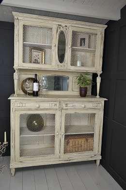 مطبخ تنفيذ The Treasure Trove Shabby Chic & Vintage Furniture