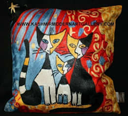 cat family: modern Living room by kashmir modernart gallery