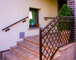 Realizacja ogrodzenia 2: styl , w kategorii Ogród zaprojektowany przez Armet