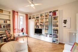Projekty,  Domowe biuro i gabinet zaprojektowane przez MOB ARCHITECTS
