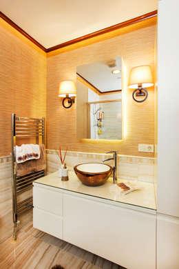 Baños de estilo moderno por Canan Delevi