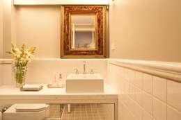 Lavabo: Banheiros ecléticos por Pereira Reade Interiores