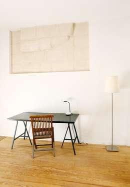 ALL IN ONE: Salon de style de style Moderne par BKBS