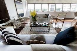 Salas / recibidores de estilo moderno por Pereira Reade Interiores