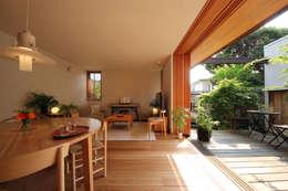 Phòng ăn by 新井アトリエ一級建築士事務所