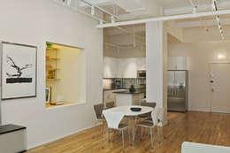 Cocinas de estilo moderno por Goderbauer Architects