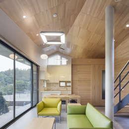 양평주택: SpaceMGT의  거실