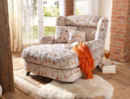 Mega-Sessel im romantischen Landhaus-Stil: landhausstil Wohnzimmer von Baur Versand (GmbH & Co KG)