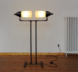 industrial Living room by offlight.eu
