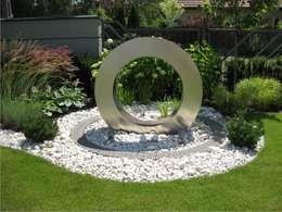najpi kniejsze fontanny ogrodowe 7 inspiruj cych projekt w. Black Bedroom Furniture Sets. Home Design Ideas